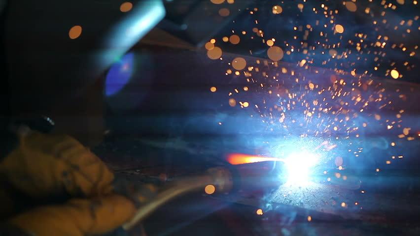 Hegesztéstechnika és hegesztéstechnikai anyagok értékesítése